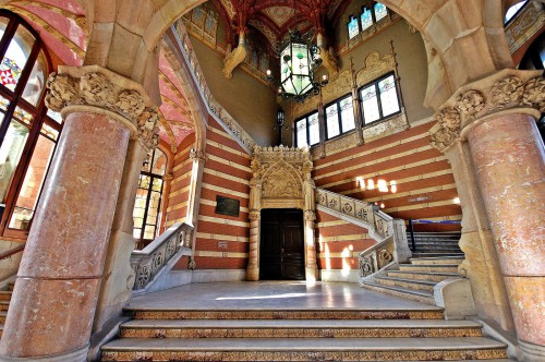 inside-hospital-sant-pau-in-barcelona--1-.jpg